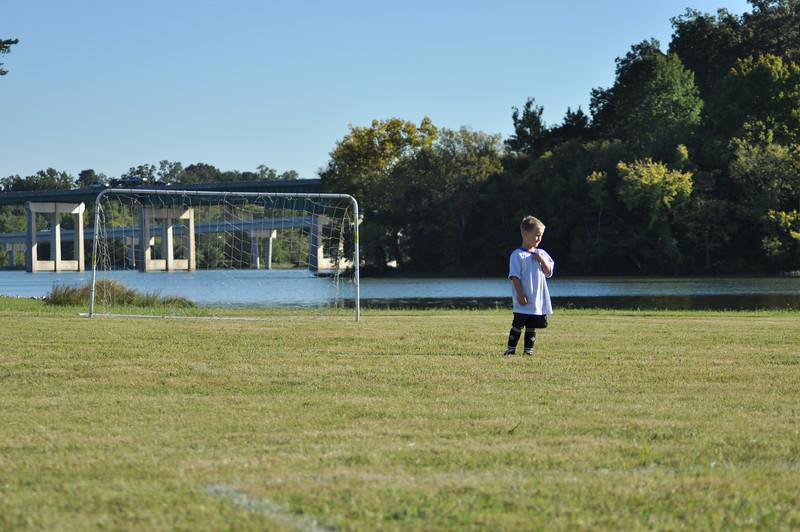 ayso-soccer-game2-0570.jpg