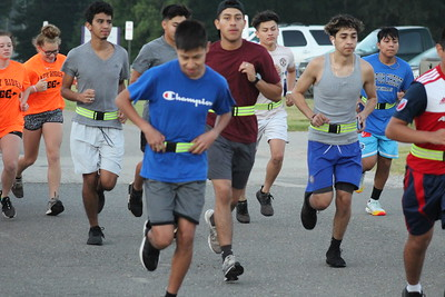Rider cross country team rises early to hit the road