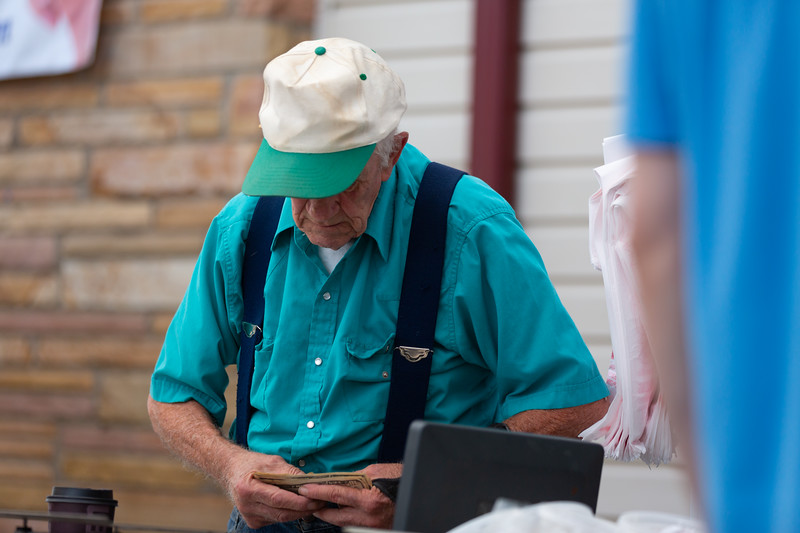 Del Ray Farmers Market 176.jpg