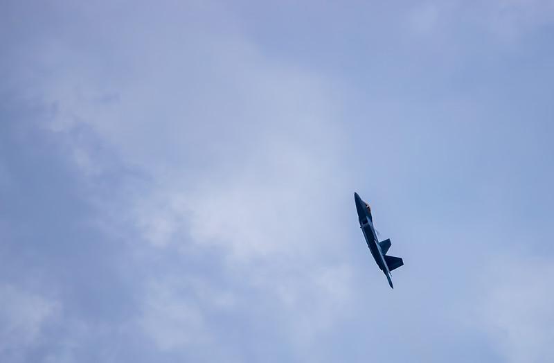 F22_Raptor-055