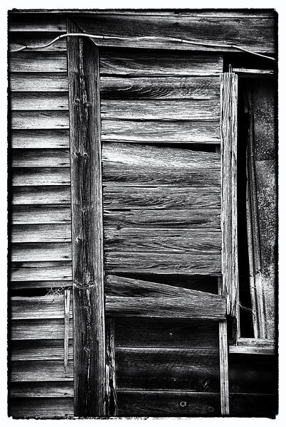 06 Bates-Geers House On Slabtown Rd (Posteredges B&W).jpg