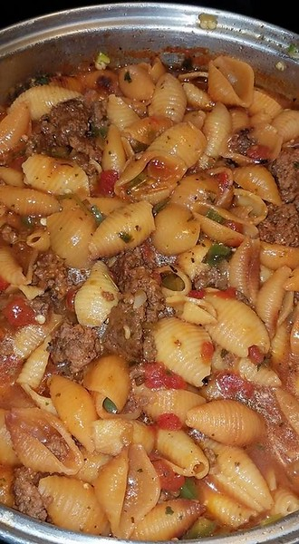 Ground Beef with Pasta Shells
