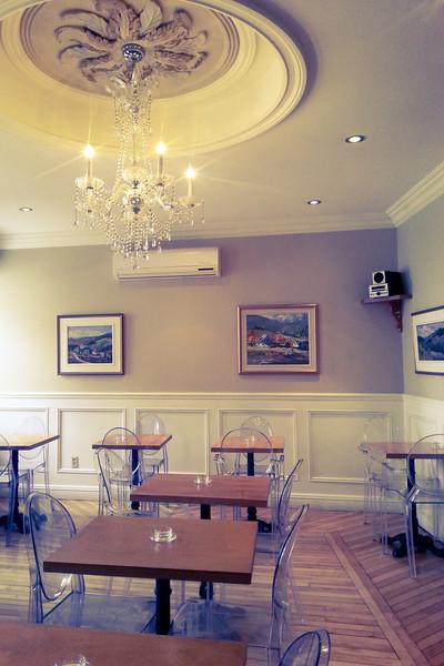 quebec city hotel dining room.jpg