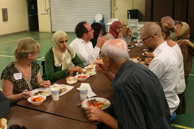 abrahamic-alliance-international-common-word-community-service-phoenix-2011-09-11_19-16-33.jpg