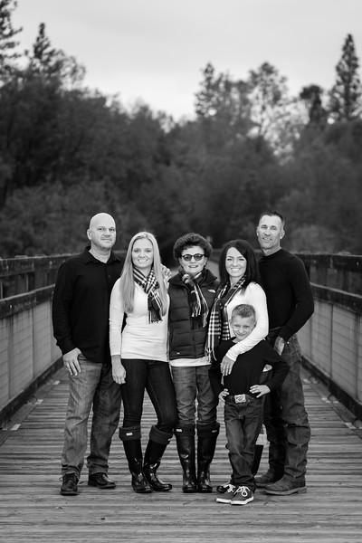11-25 Mel's Family-87.jpg