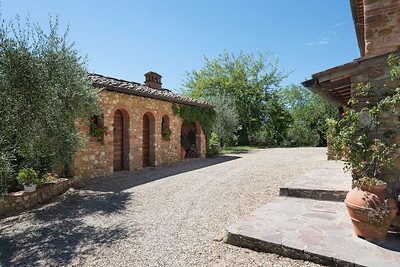 A111 - CHIANTI CLASSICO - Ancient Farm with Pool on Panoramic Position on the Hill