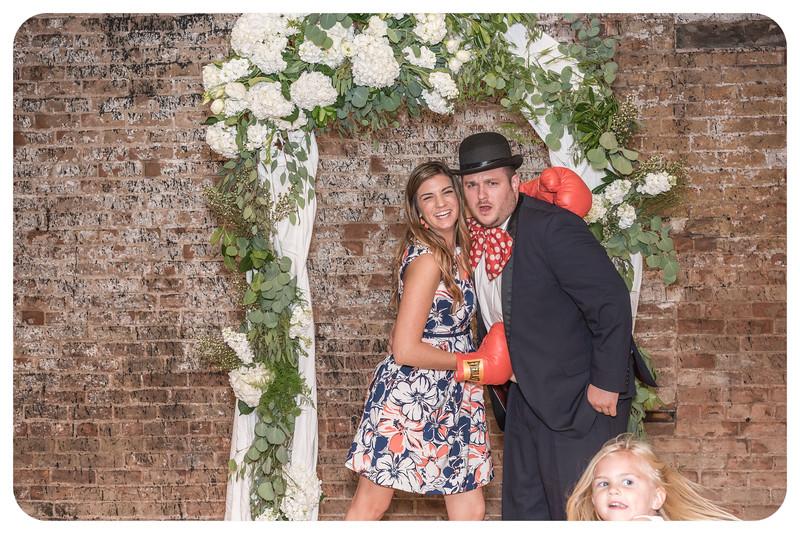 Laren&Bob-Wedding-Photobooth-48.jpg