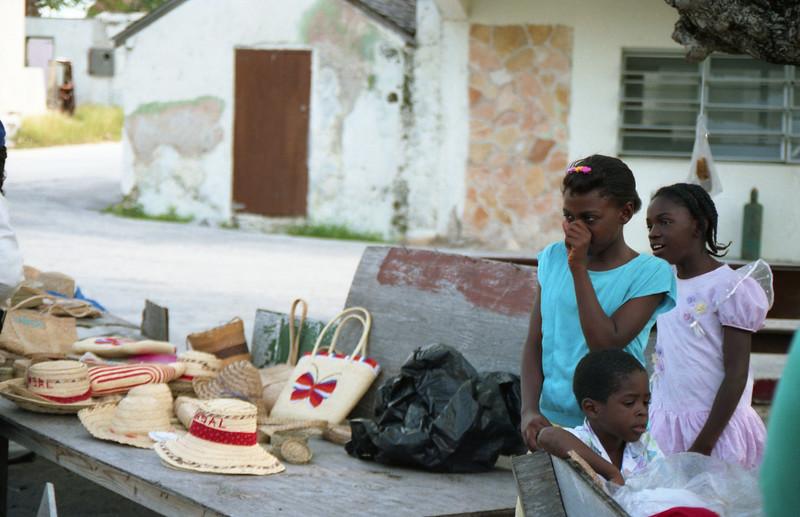 1990-12 1-11A Bahamas201.jpg