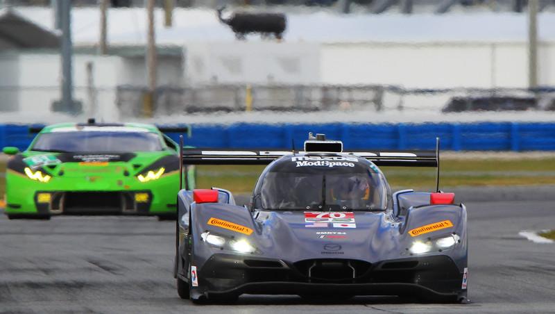 Roar17_0041-#70-Mazda.jpg