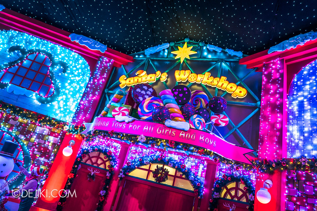 Universal Studios Singapore - A Universal Christmas event 2017 / Santa's Workshop facade