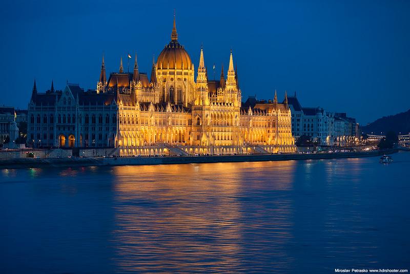 Budapest-IMG_3210-web.jpg