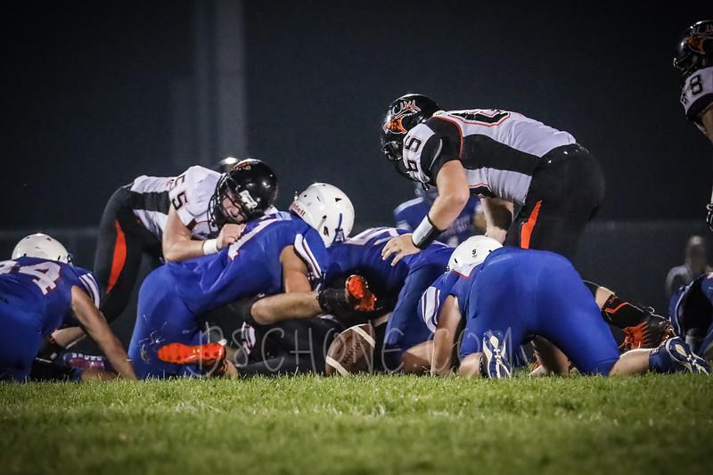 GC Football vs Elk Mound-1026.JPG