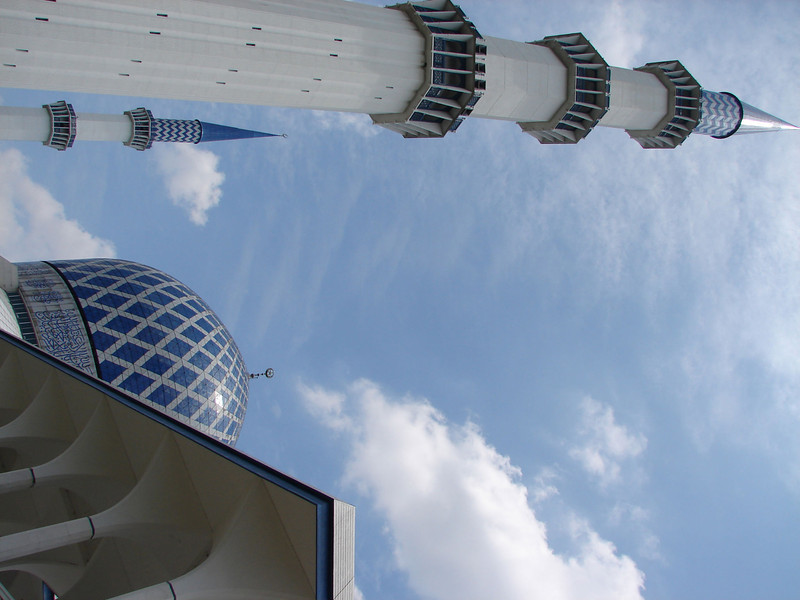 Sultan Salahuddin Abdul Aziz Mosque, known as The Blue Mosque in Shah Alam Malaysia (35).JPG