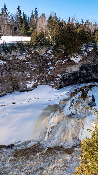 Thunder-Bay-Kakabeka-Falls-02.jpg