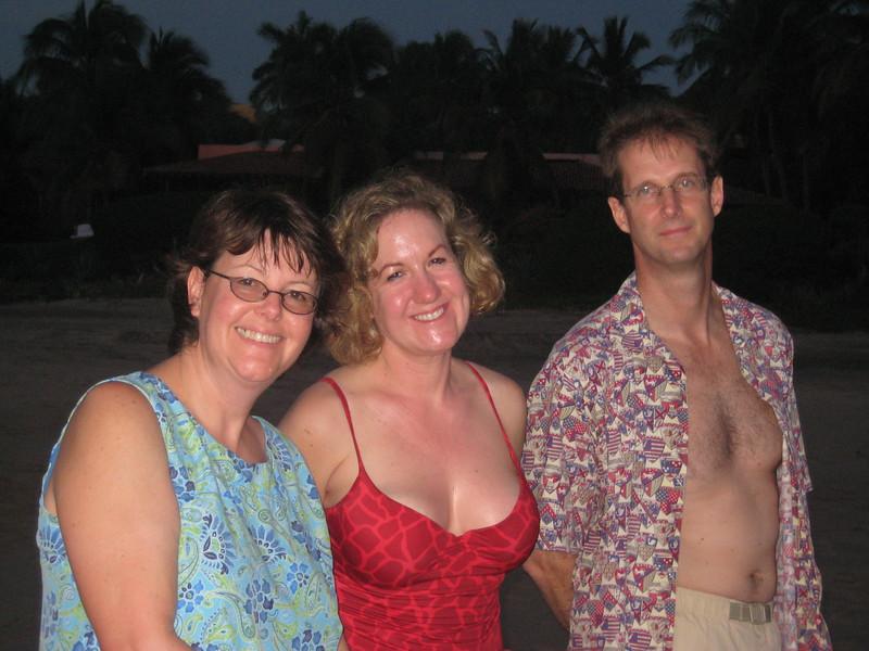 2007-11-30-0012-Las Alamandas in Jalisco, Mexico with Hahns-Beach Walk-ElaineH-Debby-Curtis.JPG