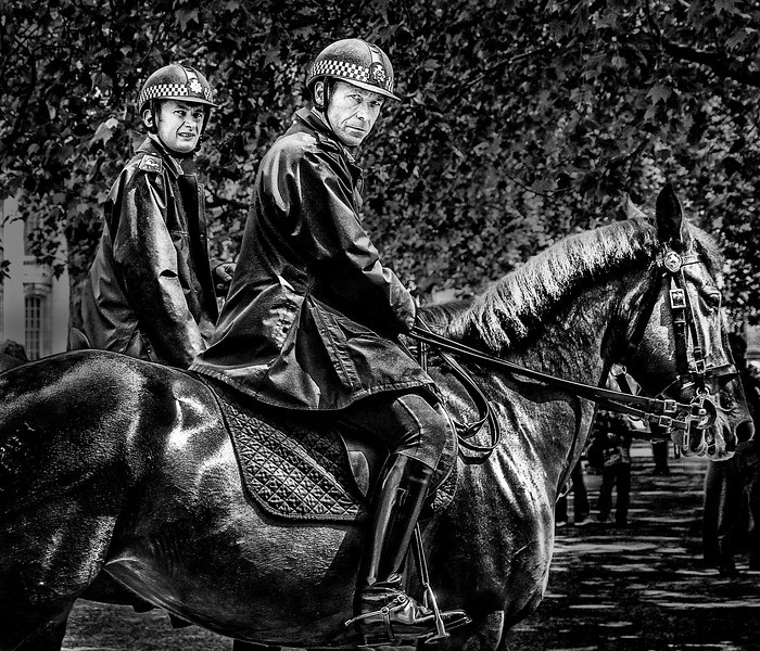 bobbyson horsebwcopy.jpg