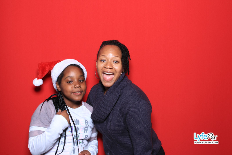 eastern-2018-holiday-party-sterling-virginia-photo-booth-0088.jpg