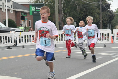 Apple Harvest Festival Road Race - Sunday September 30, 2012