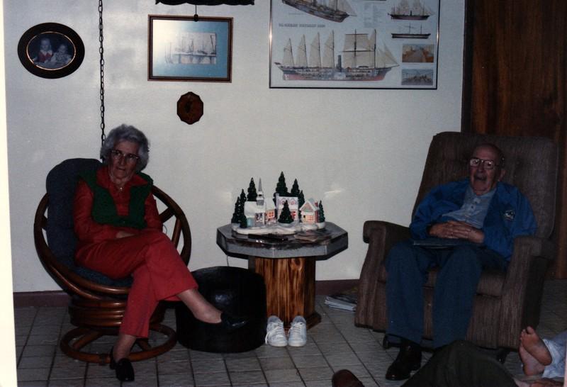 1985_December_Longwood_Christmas_0032_a.jpg
