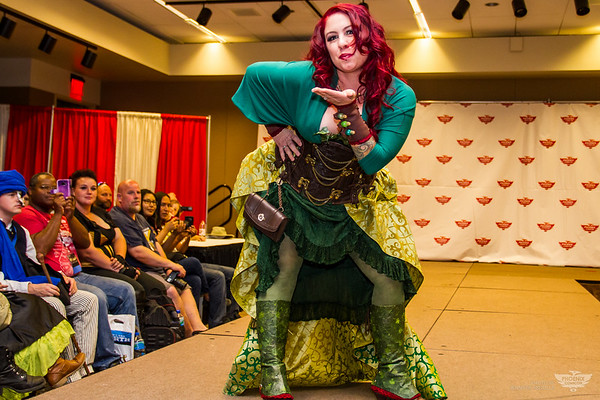 Steampunk Fashion Show at PHXCC 16