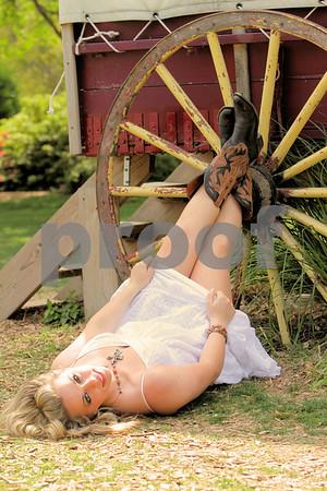 Lauren Senior Pics