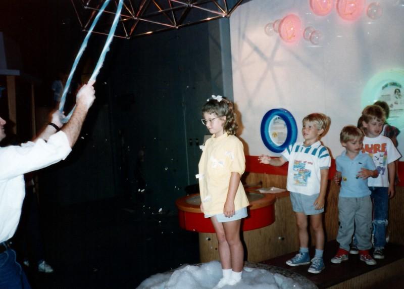 1989_Spring_Yankee_Stadium_Science_Center_0016_a.jpg