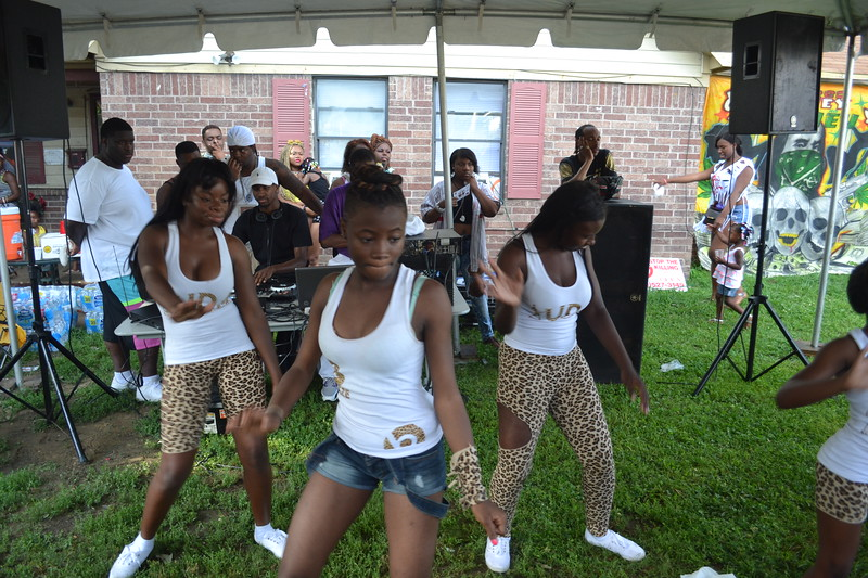 dancers-at-the-block-party-025_14390979425_o.jpg
