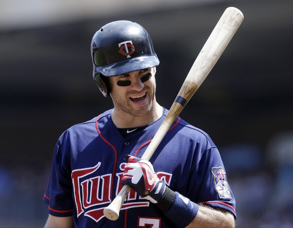 """. <p><b><a href=\'http://www.twincities.com/twins/ci_23721515/hear-ye-hear-ye-announcing-mauer-twins-st\' target=\""""_blank\""""> 8. Joe Mauer </a></b> <p>Apparently too busy to offer appropriate thanks to Pioneer Press Town Crier for his yeoman�s work on behalf of the twin princesses. (1) <p> --------------------------------------------   (AP Photo/Jim Mone)"""