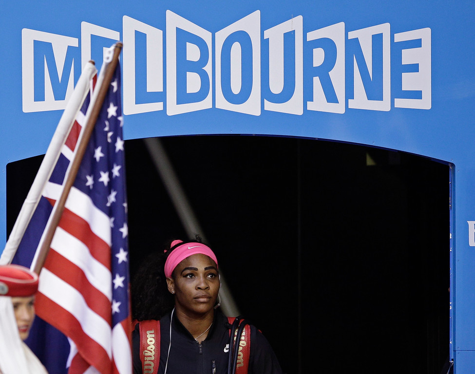 . Serena Williams of the U.S. arrives at Rod Laver Arena for the women\'s singles final against Maria Sharapova of Russia  at the Australian Open tennis championship in Melbourne, Australia, Saturday, Jan. 31, 2015. (AP Photo/Bernat Armangue)
