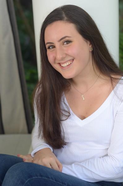 Julia Friend Group Pics - 234 of 308.jpg