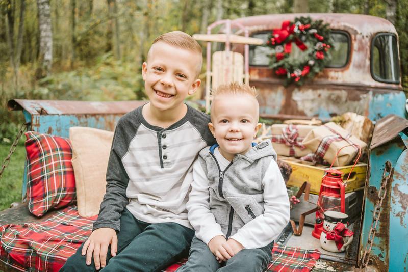 Schreiber Family Mini Session 2018-10.jpg