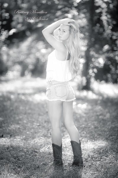 Brittney McMillion Senoir pics -0501-Edit_print.jpg