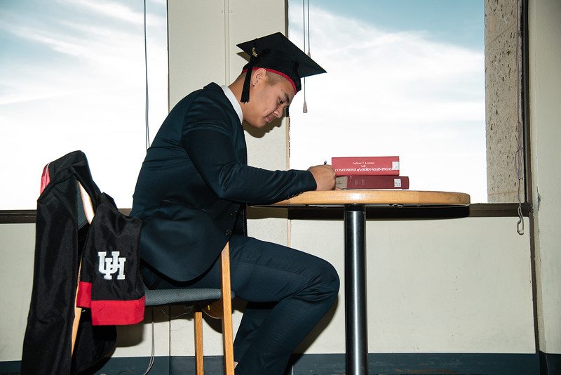 Alvin_College_Graduation_Photoshoot_2019-21.jpg
