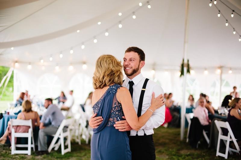 skylar_and_corey_tyoga_country_club_wedding_image-824.jpg