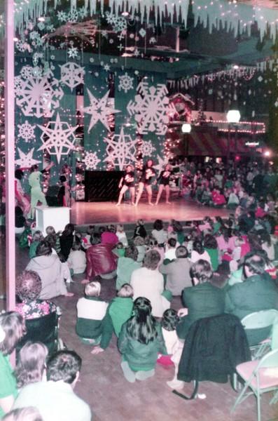 Dance_2010_a.jpg