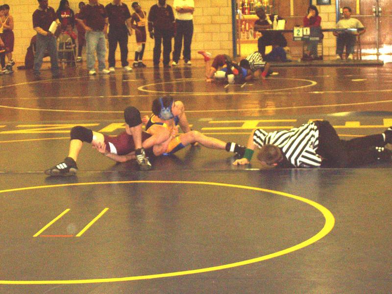 wrestling 12 14 02 tri match 011.jpg
