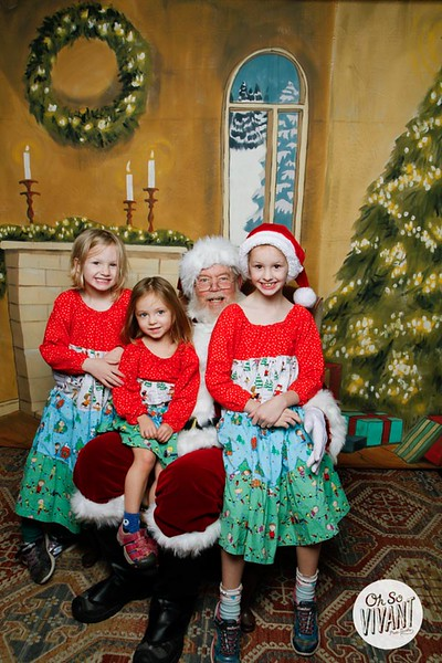 Pictures with Santa @Earthbound 12.1.2018-061.jpg
