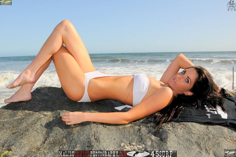 beautiful woman sunset beach swimsuit model 45surf 751.090..