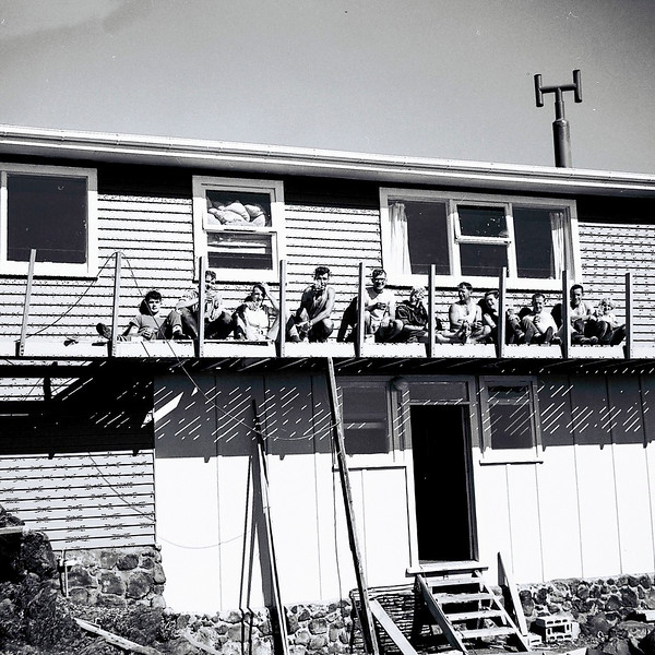 1965 Working bee on Catholic Tramping Club hut, Mt Ruapehu.jpg
