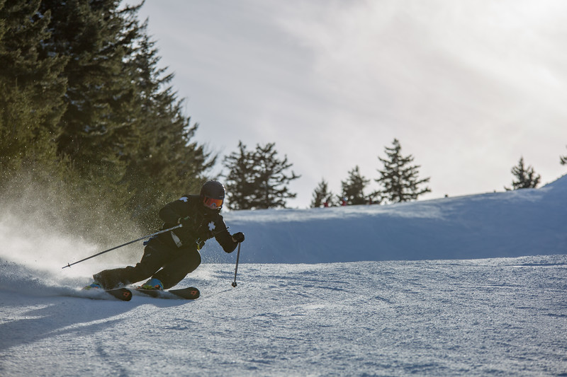 Patroller Ski Carve.jpg