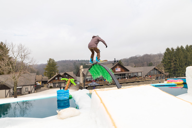 Pool-Party-Jam-2015_Snow-Trails-790.jpg