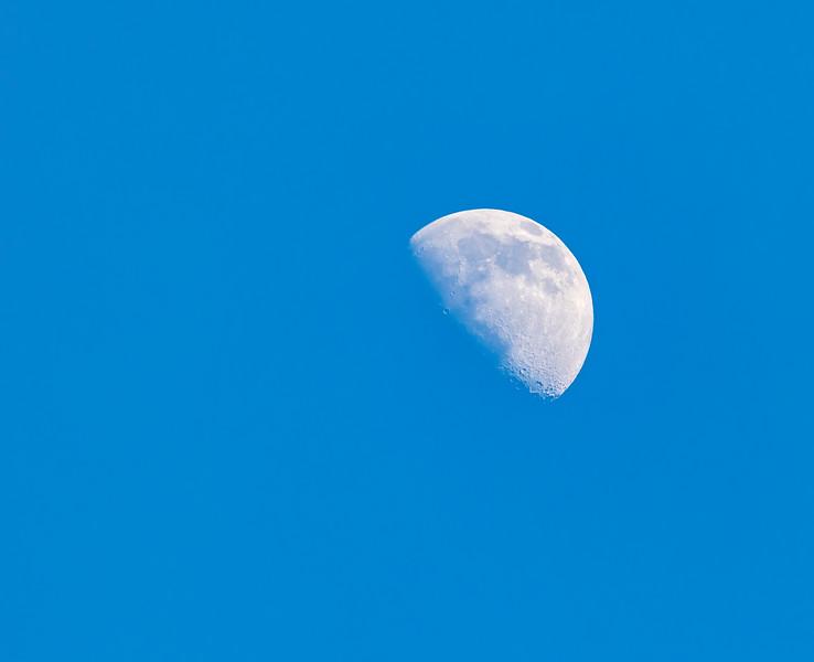 Moon-006