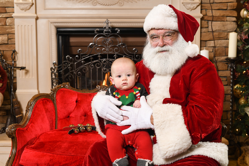 Santa2018.TylerBoye.-225.jpg
