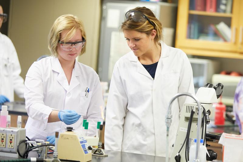 2018 UWL Microbiology Lab Graduate Students0022.jpg