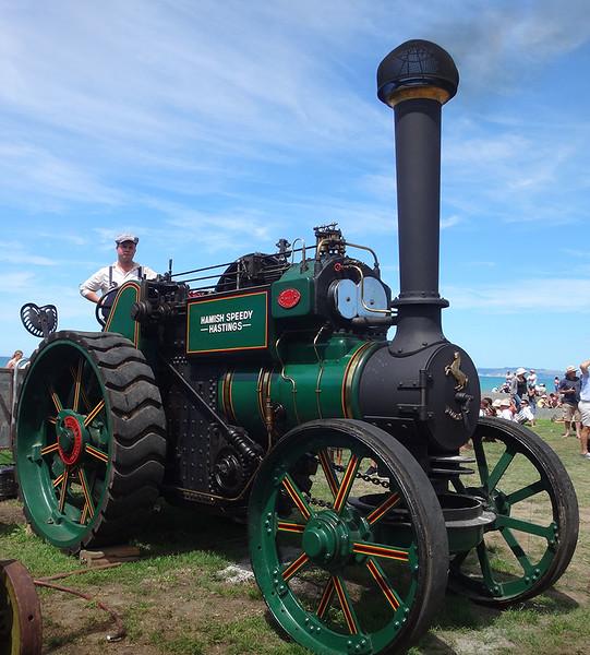 Steam tractor.JPG