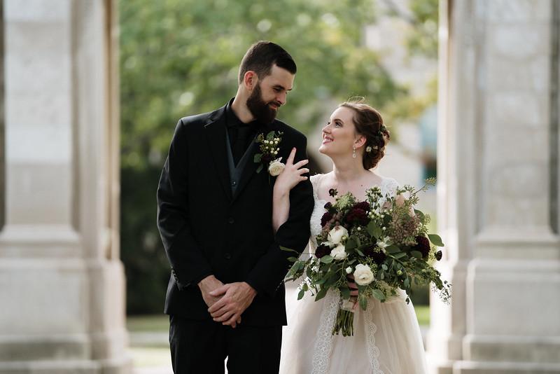 rustic_ohio__fall_barn_wedding-130.jpg
