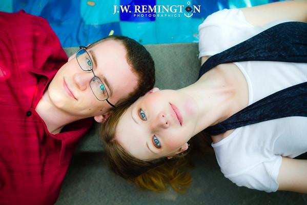 Lori Zimmermann-Michael Metzger Engagement Photos