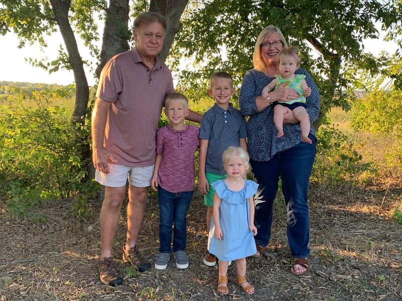 us and grandkids2.jpg