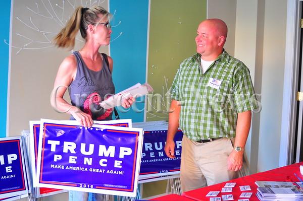 09-26-16 NEWS Republican Headquarters Opens in Defiance