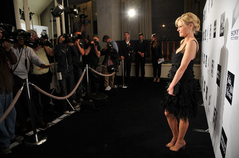 ". Actress Julie Bowen poses for photographers at the L.A. Gay and Lesbian Center\'s ""An Evening\"" at the Beverly Wilshire on Thursday, March 21, 2013 in Beverly Hills, Calif. (Photo by Chris Pizzello/Invision/AP)"